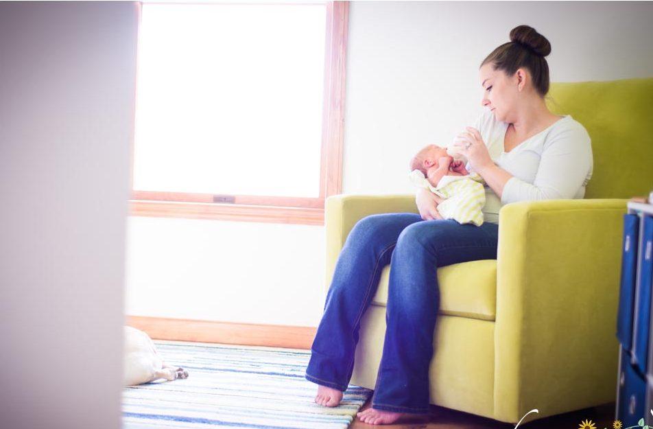 New-Mom-with-Newborn